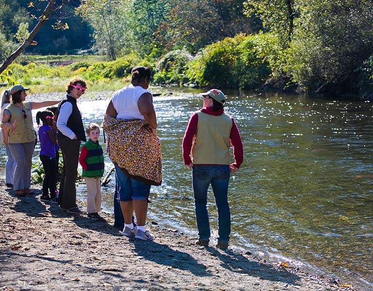 Salmon SEEson: people out on the river watching salmon