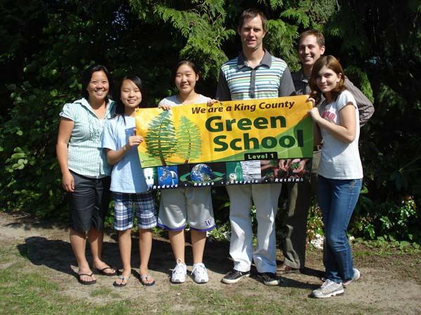 Chinook Middle School students and staff with banner