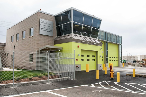 Luther_Dean_Bonner_Memorial_Aircraft_Rescue_and_Fire_Fighting_Station