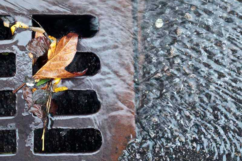 01_StormwaterGrate_600x468